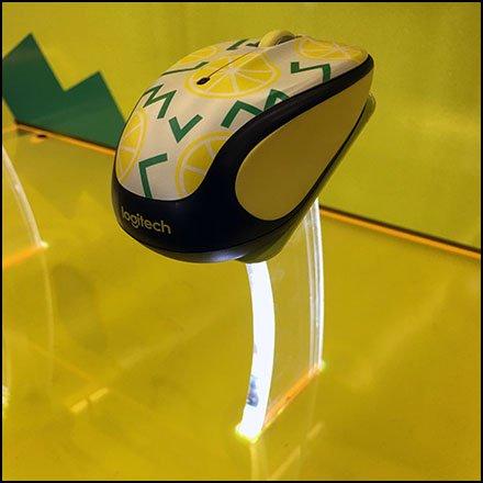 Edge-Lit Acrylic Logitech Mouse Pedestals – Fixtures Close Up