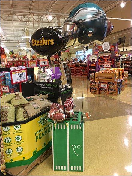 NFL Steelers Football Balloon Binder Clip – Fixtures Close Up